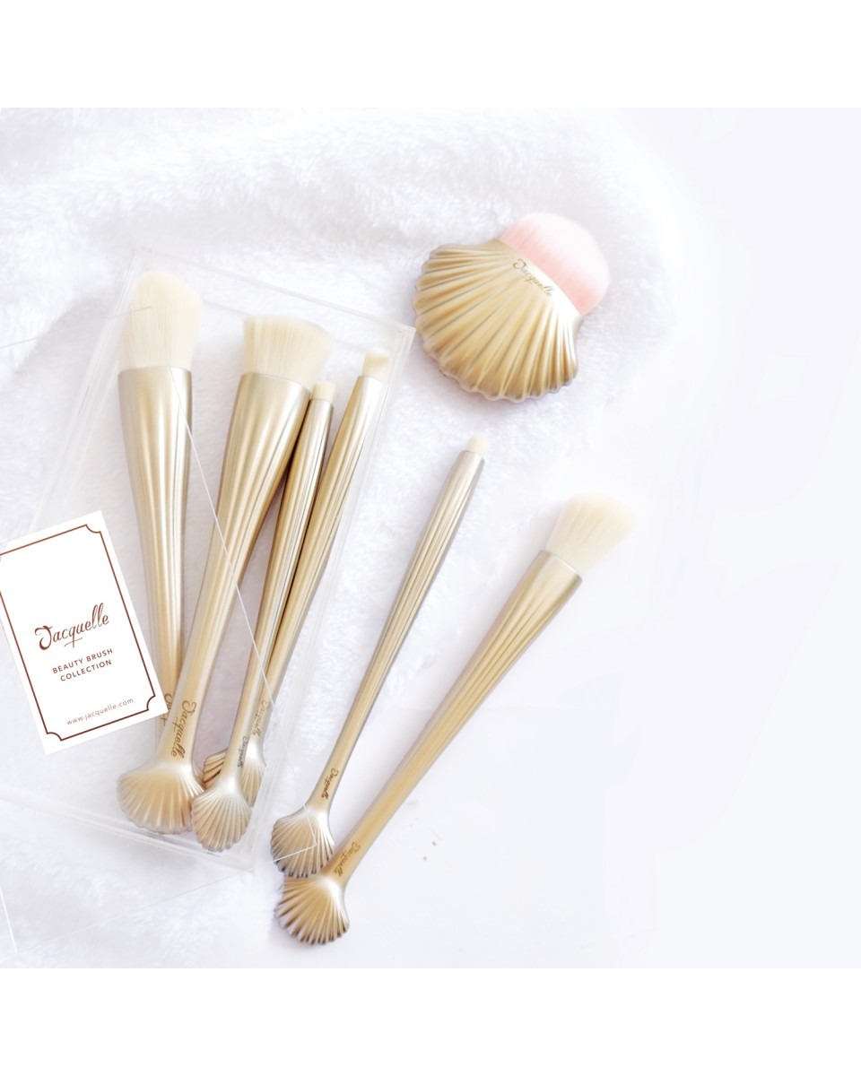 sea shell makeup brush set