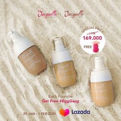 Finally! NEW SHADES of Jacquelle Blur Effect Foundation is now available at @lazada_id! 🎉Snatch these amazing deals we got specially for you! - Launching Price 169k from 179k FREE Carousel 2.0 Beauty Sponge worth 69k - Storewide vouchers disc 20%, min purchase 120k - Bundling with All Bout That Base Brush only 219k from 289kWith three new additional shades (SUN, VANILLA, WARM TAN), check out the claims for your naturally glowing base! - Mengandung 2% Niacinamide, Allantoine dan Caffein, beserta UV protection ☀️ - Lightweight and satin coverage yang menyamarkan pori-pori dan membuat wajah terlihat sehat natural - Ringan dan nyaman di wajah, cocok untuk daily makeup - FREE Egg Gang beauty sponge for every purchase!All 7 shades: Shell, Sun (New), Golden, Vanilla (New), Sand, Tan, Warm Tan (New)Get yours now at @lazada_id! 🛍